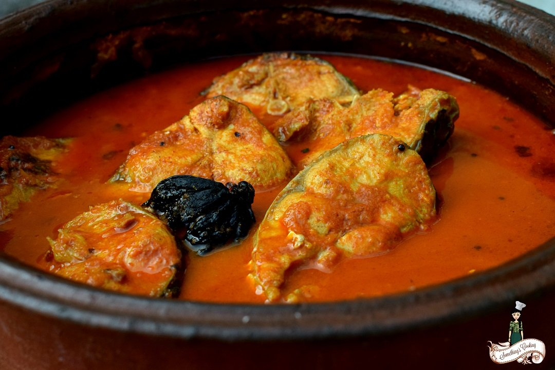 Kerala fish curry kottayam red fish curry recipe for Red fish taste