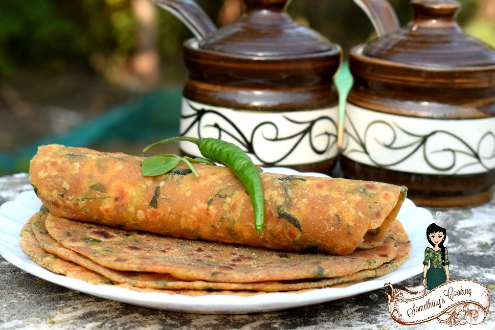 Methi Thepla Recipe in English - methi thepla accompaniment