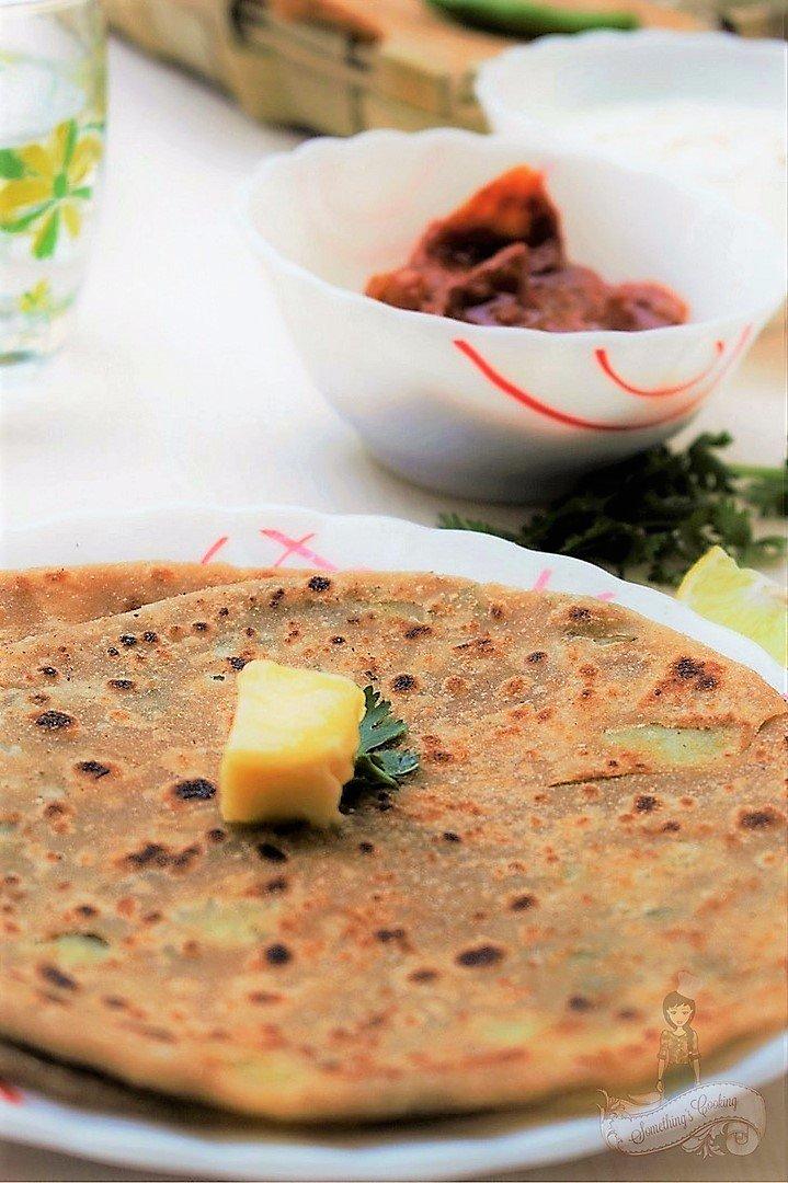 Aloo Paratha Side dish Dahi Curd Pickle