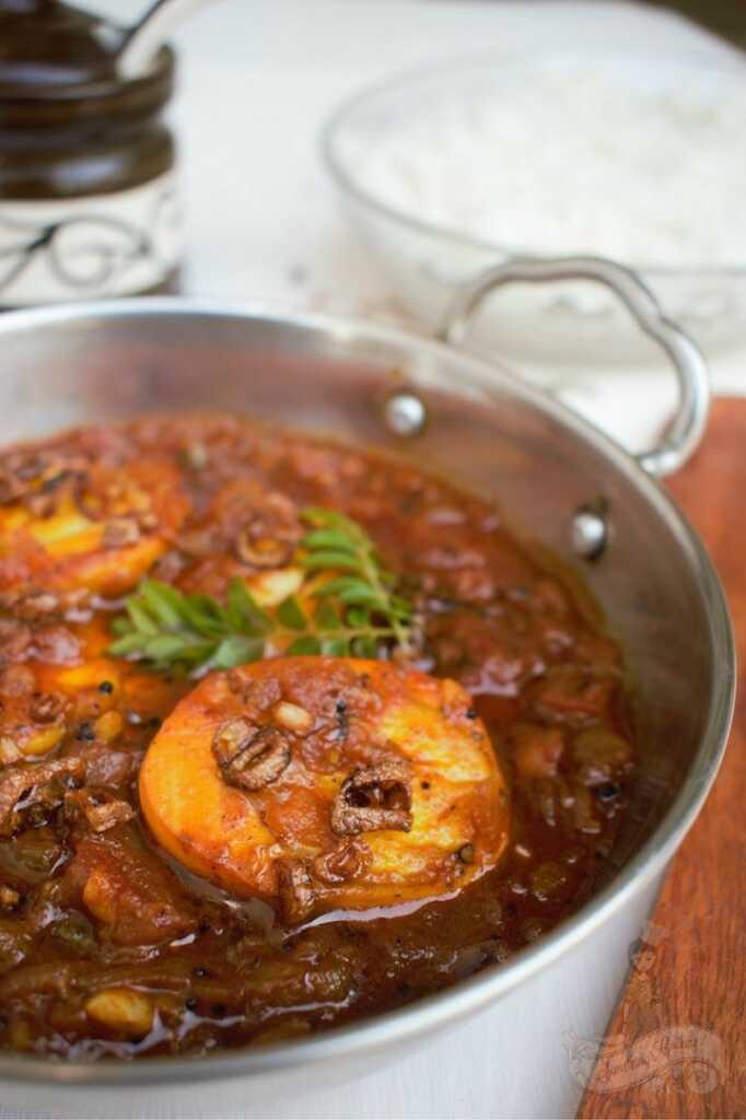 chettinad muttai kuzhambu - How to cook chettinad egg curry - easy chettinad egg curry