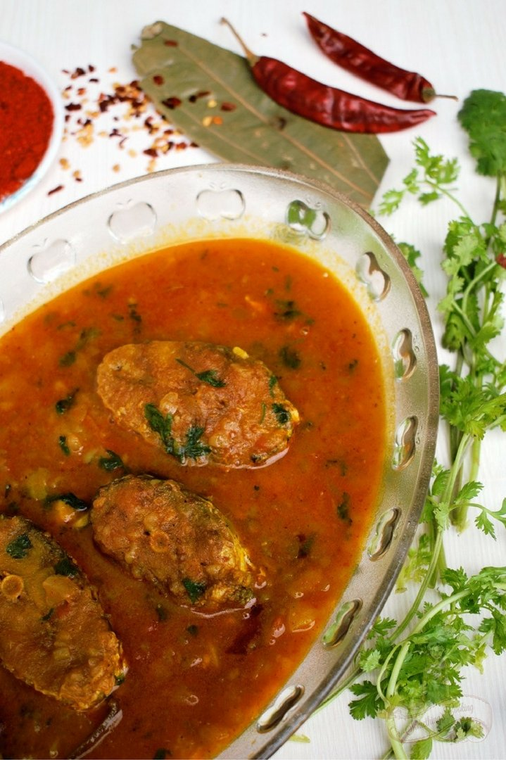 Assamese fish curry recipe - Aloo Bilahi Maas
