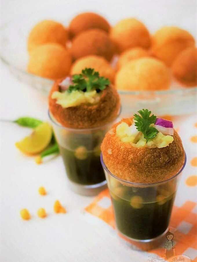 How to eat Pani Puri - How to assemble Pani Puri - Golgappe Recipe