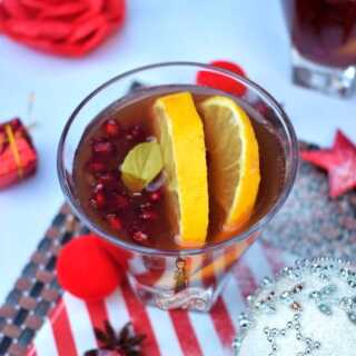 Holiday Spiced Winter Sangria