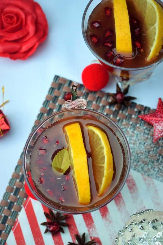 Holiday Spiced Winter Sangria Recipe
