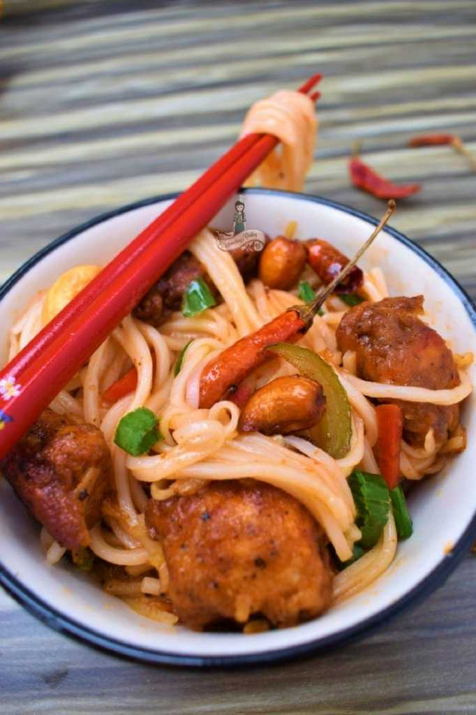Cashew Chicken Noodles and vegetables somethingiscooking.com
