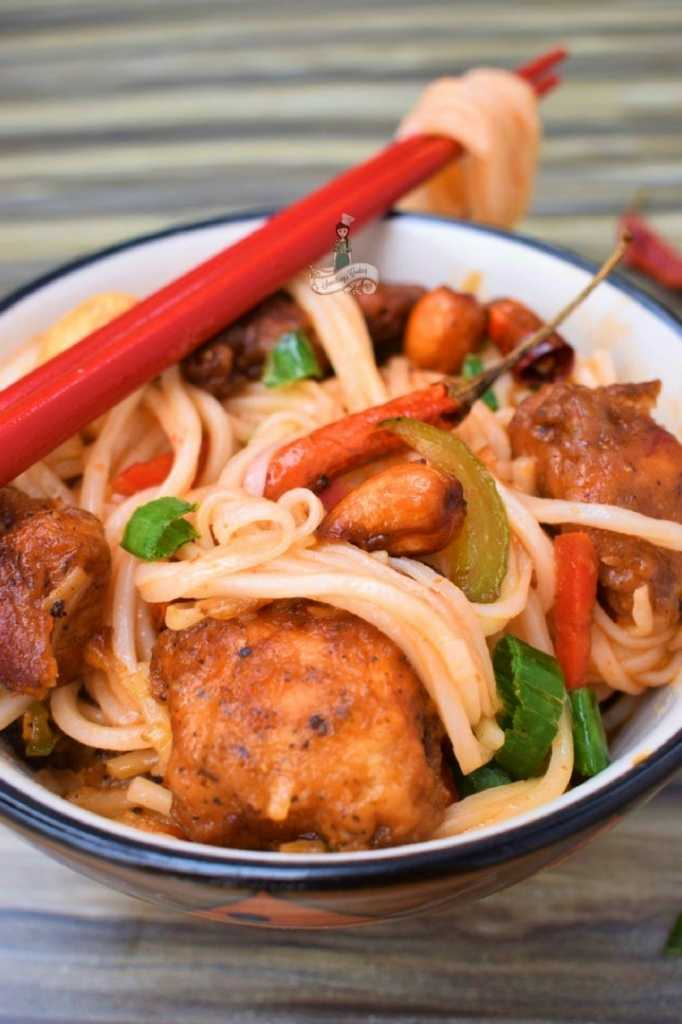 Cashew Chicken Noodles
