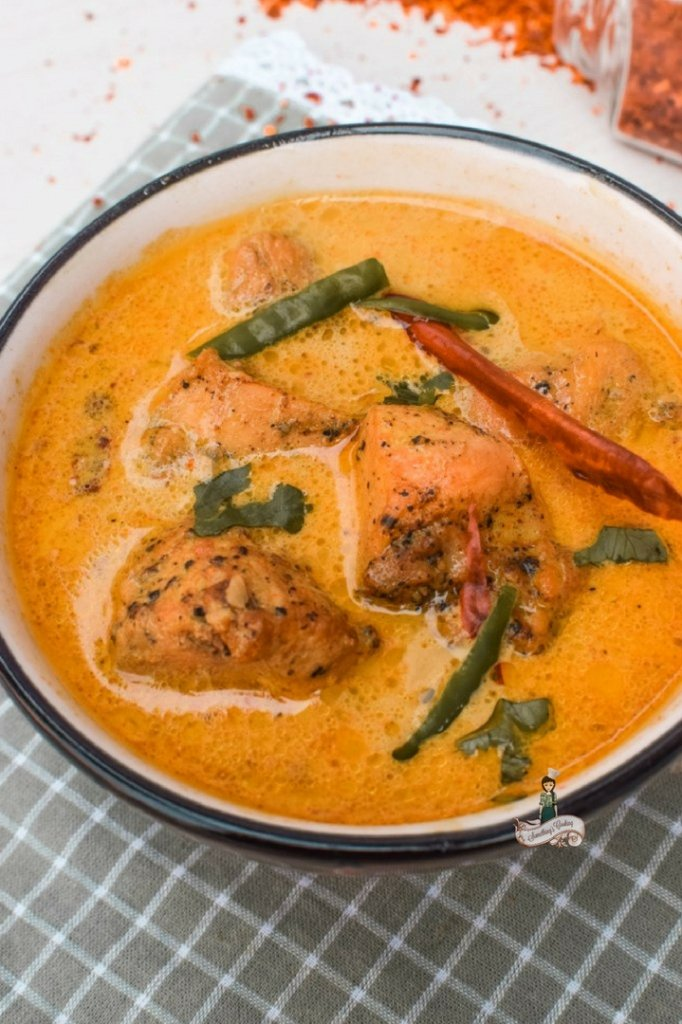 Chicken in Tea Infused Coconut Curry