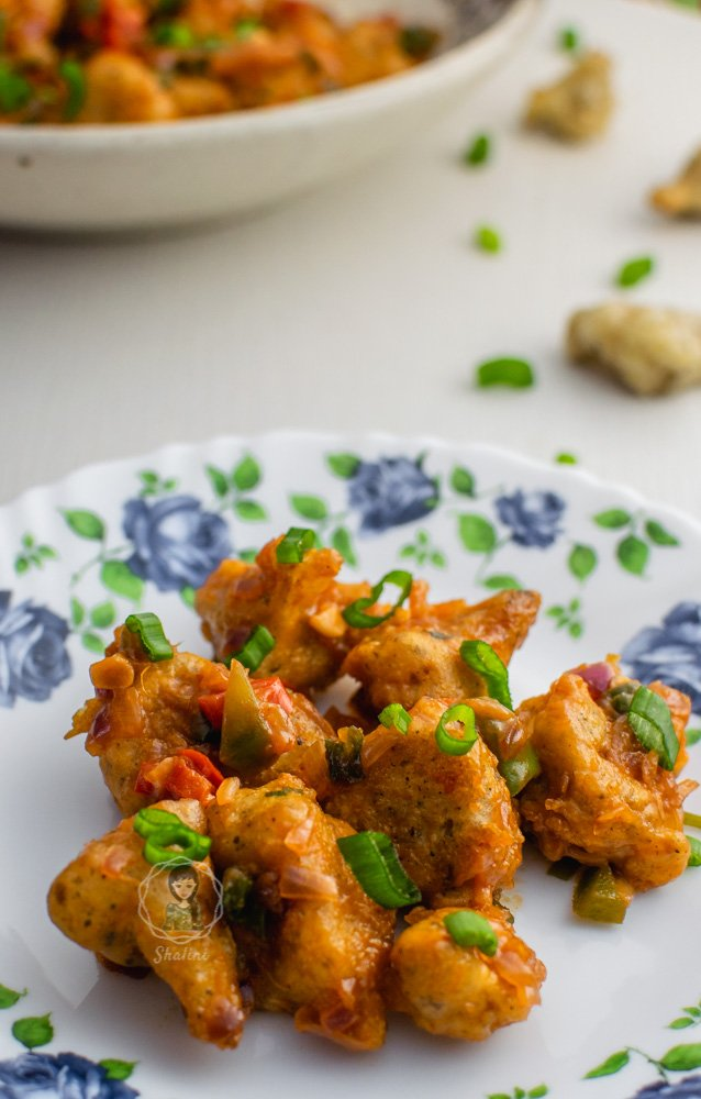 Gobi Manchurian Dry is a popular Indo Chinese dish, usually served as an appetizer.