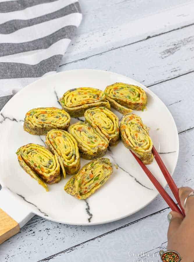 korean egg rolled omelette
